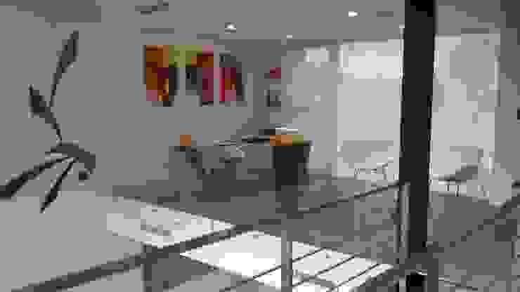 مكتب عمل أو دراسة تنفيذ Estudio Fernández+Mego, تبسيطي
