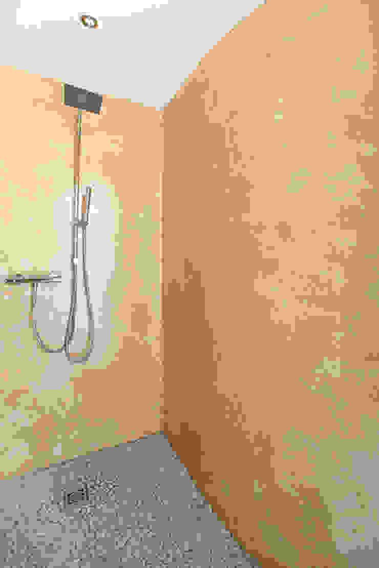 Classic style bathroom by Barra&Barra Srl Classic