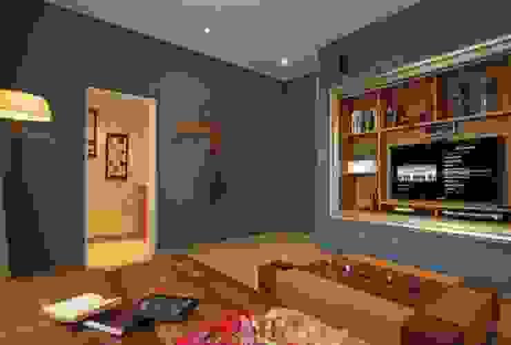 Refugio para la Pareja dentro de una Casa Livings modernos: Ideas, imágenes y decoración de Xime Russo Interiores Moderno