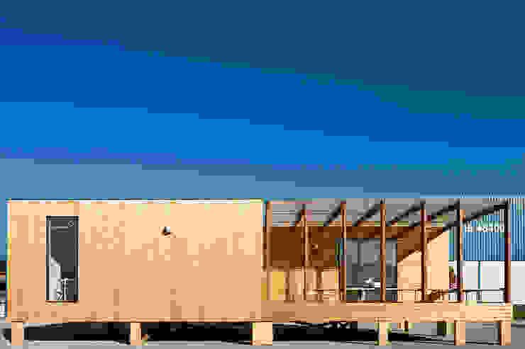 Treehouse: Casas  por Jular Madeiras,