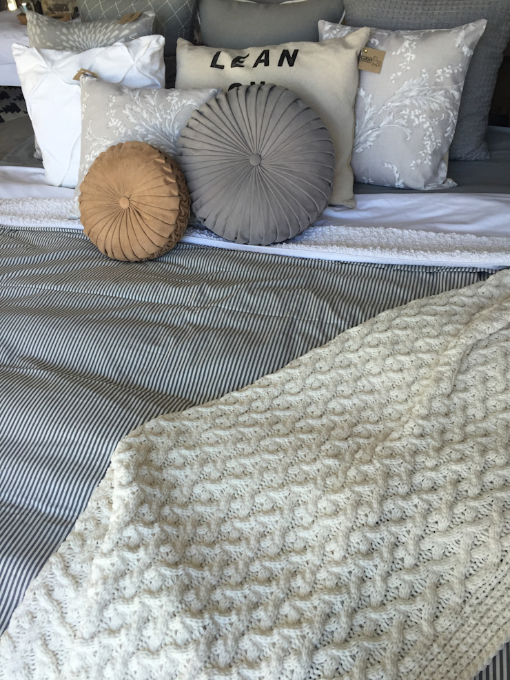 Eclectic style bedroom by Talisma Eclectic