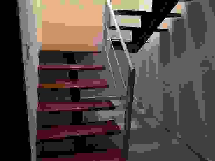Escaleras de Ingenieros y Arquitectos Continentes