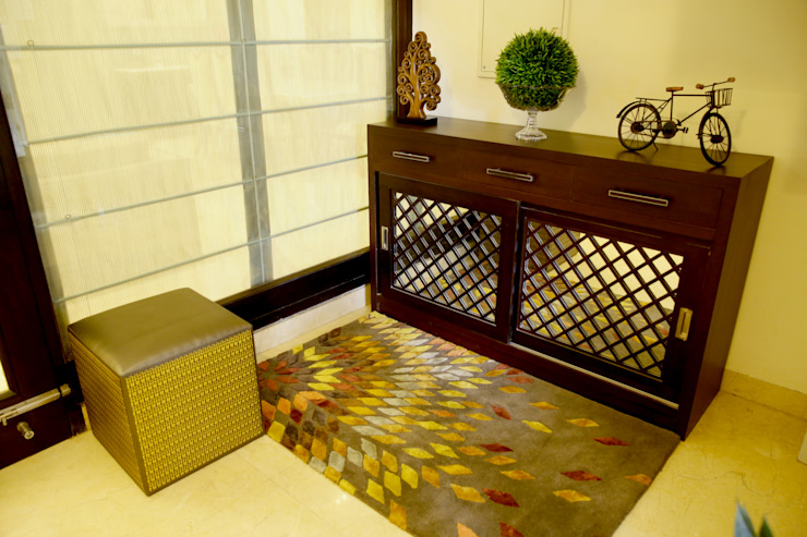 Entry: modern  by renu soni interior design,Modern