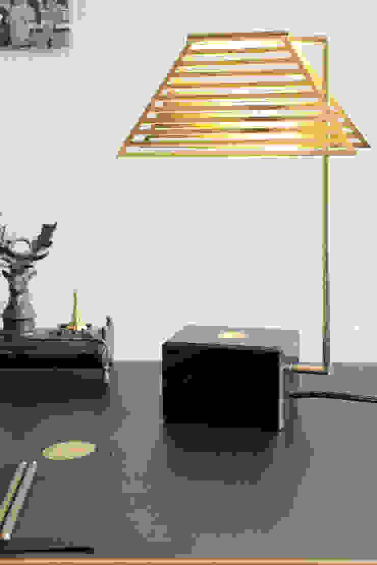 Contorno Lamp Black Marble van Studio Jolanda van Goor Scandinavisch Koper / Brons / Messing