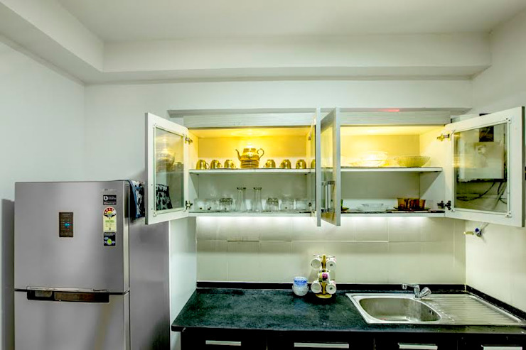 Ezhilagam Modern kitchen by Spacestudiochennai Modern