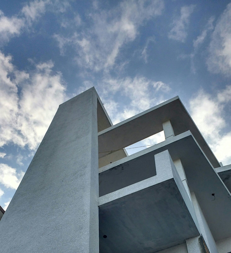 Residence of Mr Kedarnath Pushpak in Anandpura Modern houses by Lumous design Consultants Modern