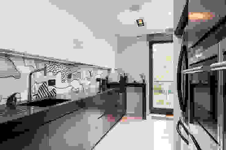 Cocinas modernas: Ideas, imágenes y decoración de Michał Młynarczyk Fotograf Wnętrz Moderno