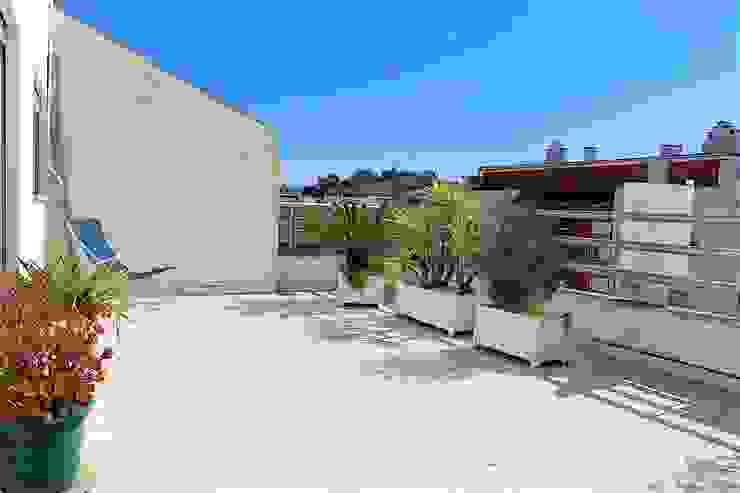 Terraço - Apartamento T3 Duplex por Novilei Imobiliária Mediterrânico