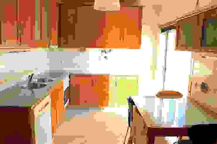 Cozinha - Apartamento T3 Duplex por Novilei Imobiliária Mediterrânico