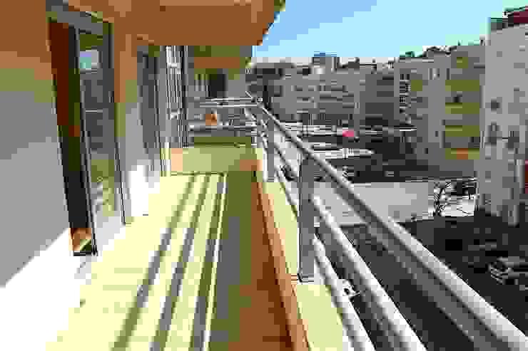 Varanda - Apartamento T3 Duplex por Novilei Imobiliária Mediterrânico