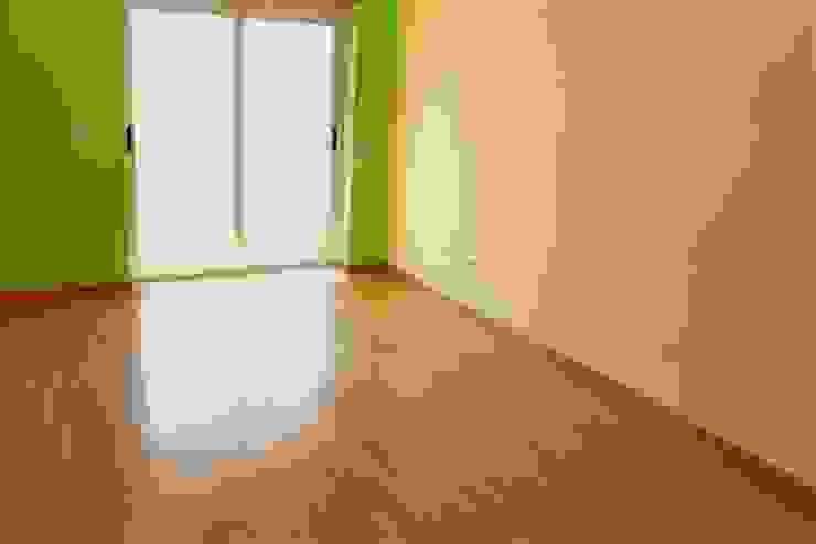 Quarto - Apartamento T3 Duplex por Novilei Imobiliária Mediterrânico