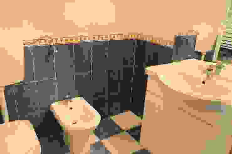 Casa de banho - Apartamento T3 Duplex por Novilei Imobiliária Clássico Cerâmica