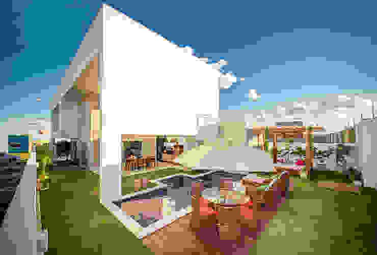 Casas minimalistas de Duo Arquitetura Minimalista
