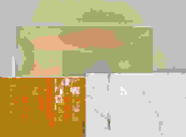 Vista entre casas de banho por SAMF Arquitectos