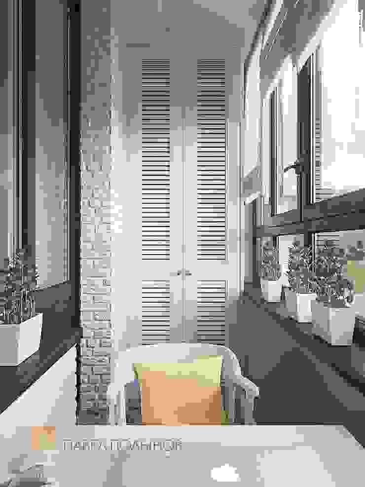 Balcones y terrazas de estilo clásico de Студия Павла Полынова Clásico