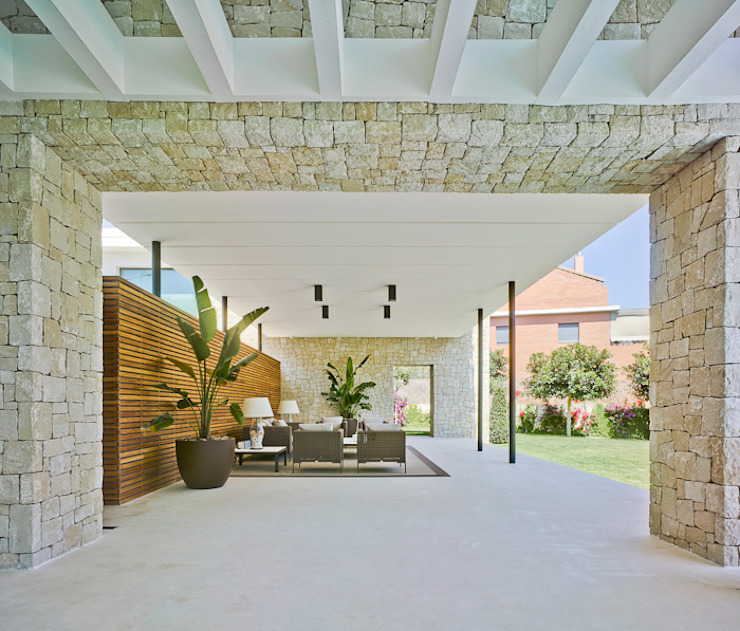 Terrace by Aguilar Arquitectos