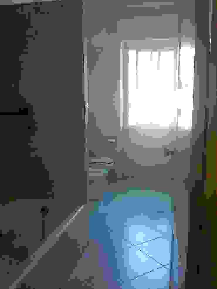 Antiga casa de banho por SAMF Arquitectos
