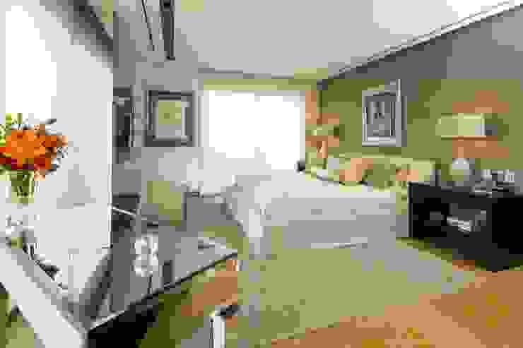 Dormitorios infantiles de estilo moderno de Línea Vertical Moderno