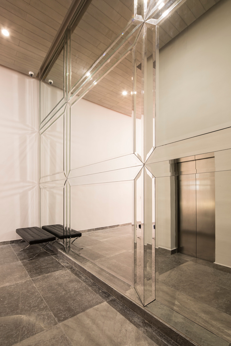 LOBBY Edificios de oficinas de estilo moderno de Rousseau Arquitectos Moderno