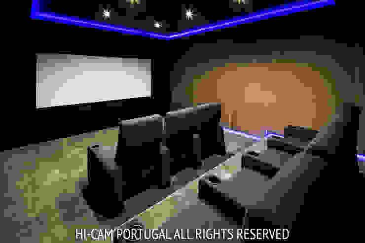 Monte Golf Salas multimédia modernas por Hi-cam Portugal Moderno