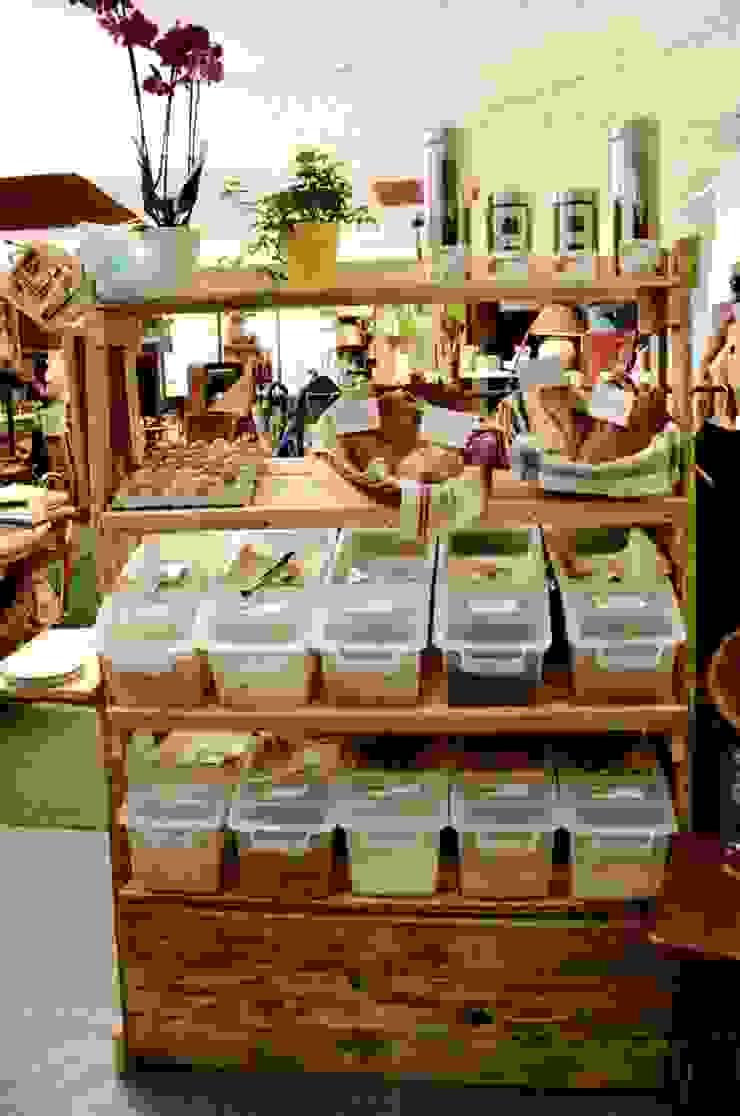 2nd Chance Créations Oficinas y tiendas Madera Acabado en madera
