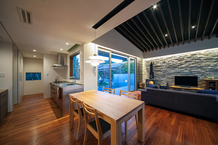 ISDアーキテクト一級建築士事務所 Modern Kitchen Wood White