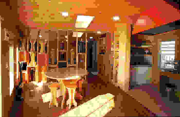 강화초지리 (Kanghwa) 모던스타일 다이닝 룸 by HOUSE & BUILDER 모던