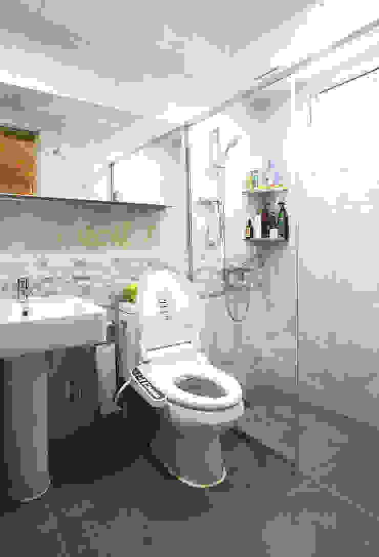 강화초지리 (Kanghwa) 모던스타일 욕실 by HOUSE & BUILDER 모던
