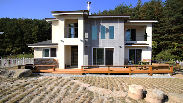 보광리 (Bokwanglee) 모던스타일 주택 by HOUSE & BUILDER 모던