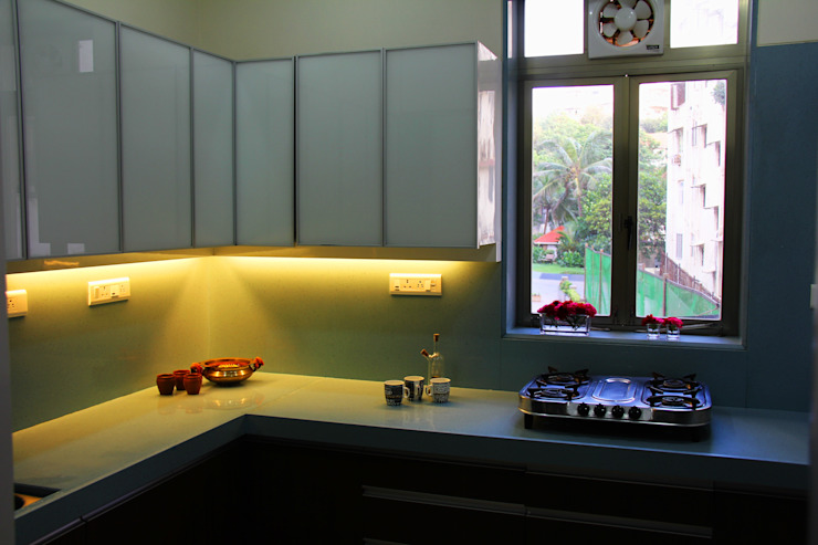 The Shah Villa Minimalist kitchen by Elevate Lifestyles Minimalist