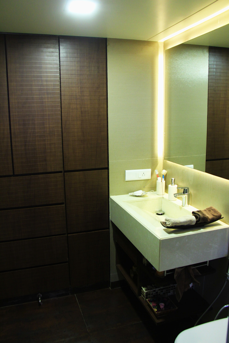 The Shah Villa Minimalist bathroom by Elevate Lifestyles Minimalist