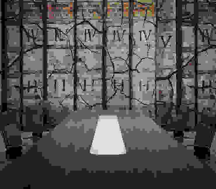 HF113-Roman por House Frame Wallpaper & Fabrics Moderno
