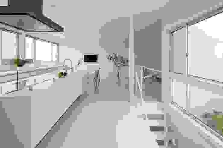 キッチン モダンな キッチン の SQOOL一級建築士事務所 モダン