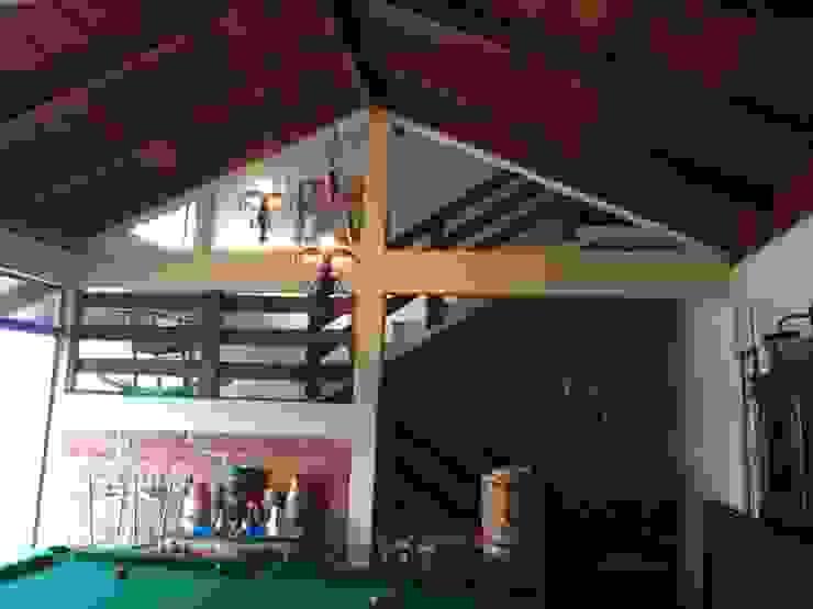 Country style balcony, veranda & terrace by homify Country Bricks