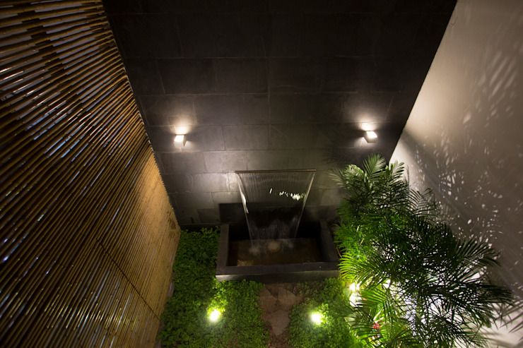 RESTAURANTE CHIWAKE Jardines de estilo moderno de ARKILINEA Moderno