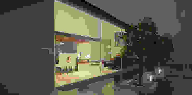 Espejo de agua Casas modernas de AParquitectos Moderno Vidrio