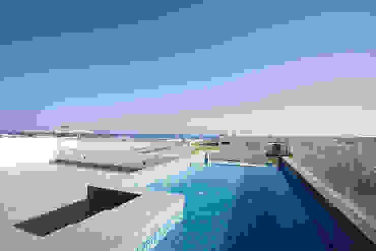 Pool by ARKILINEA