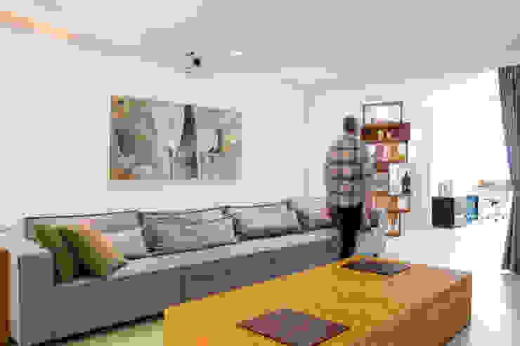 Living room by João Linck | Arquitetura