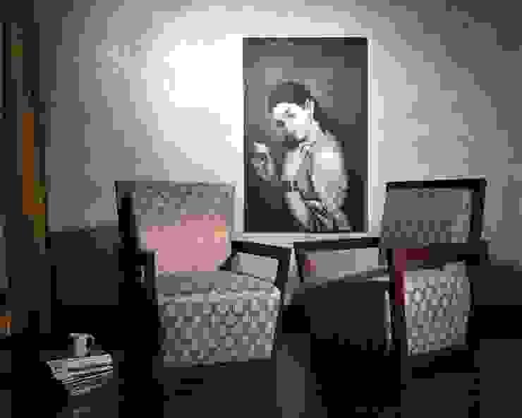 Pharoah's Throne: asian  by KNOCK ON WOOD,Asian Wood Wood effect