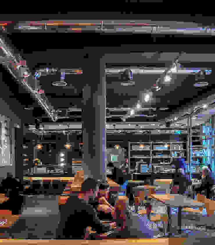 Andras Koos Architectural Interior Design Yeme & İçme