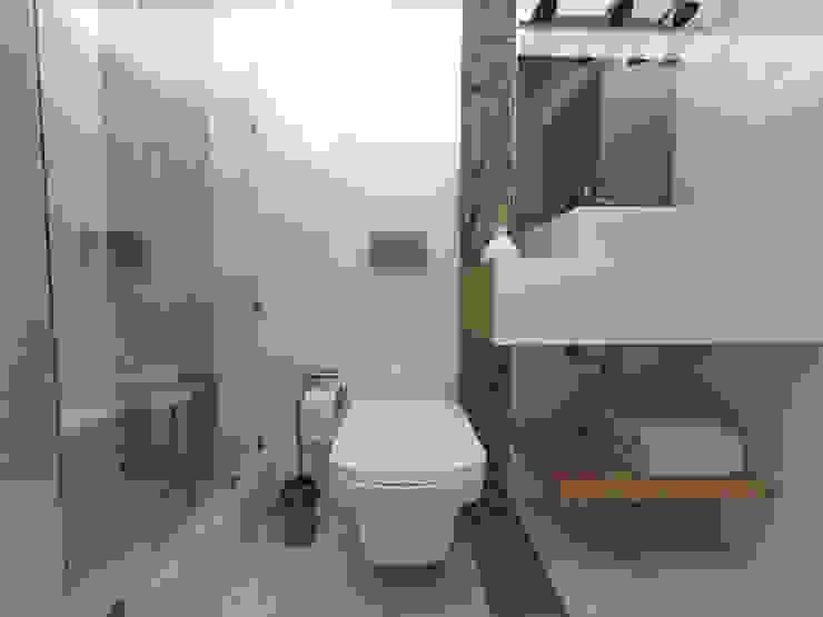 Modern bathroom by ARQ. María Florencia Fernández Modern Ceramic