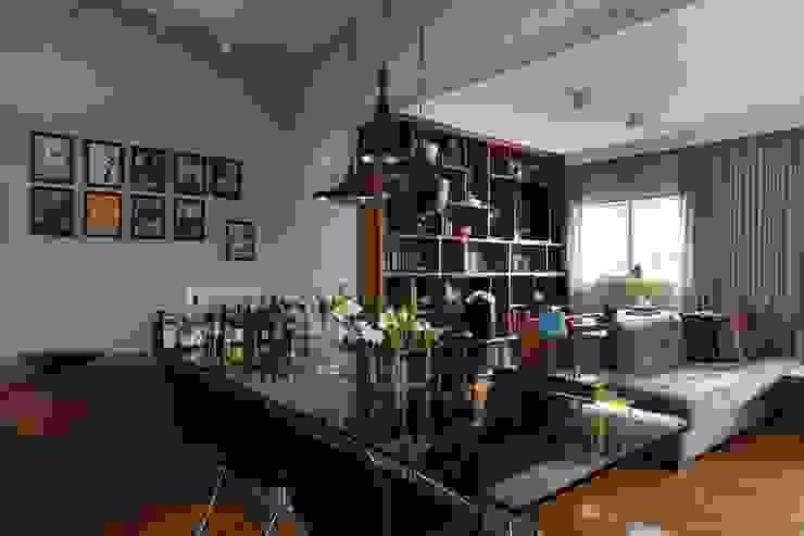 Apartamento FF Salas de jantar modernas por Studio Novak Moderno