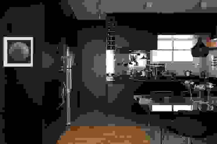 Apartamento FF Cozinhas modernas por Studio Novak Moderno