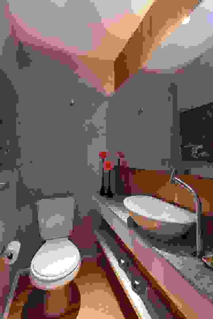 Apartamento FF Banheiros modernos por Studio Novak Moderno