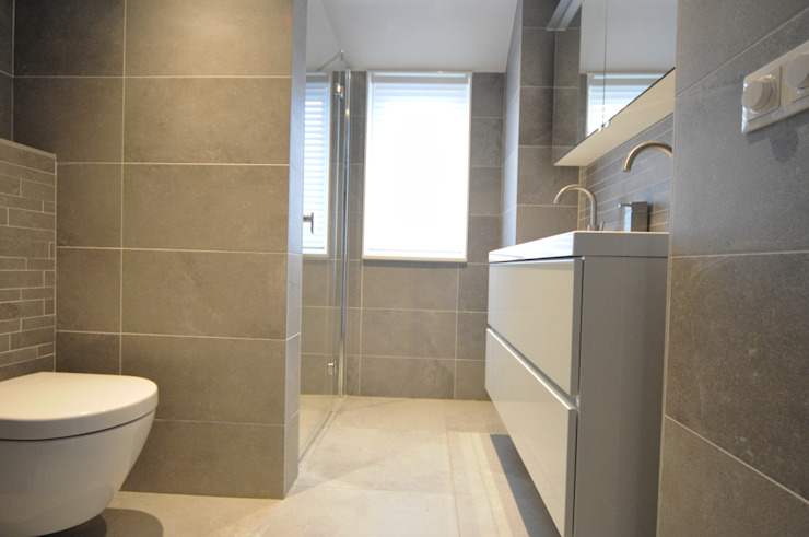 complete badkamer Alkmaar - AGZ badkamers en sanitair Moderne badkamers van AGZ badkamers en sanitair Modern