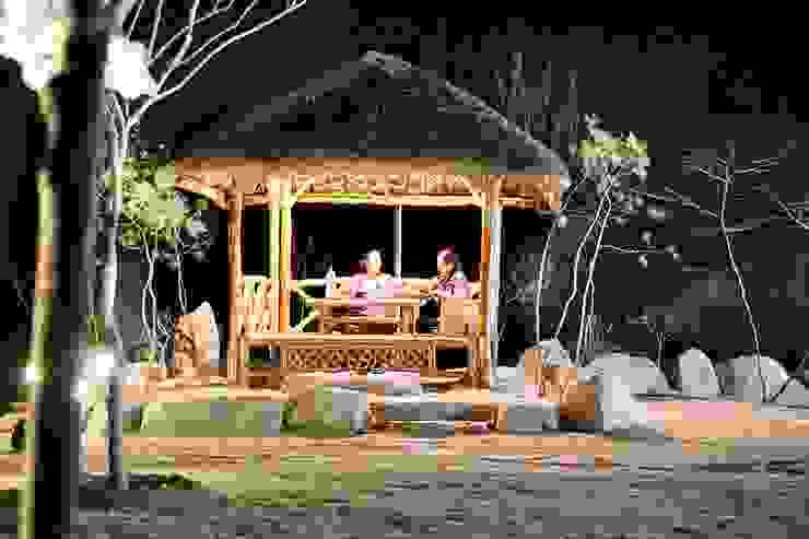 나만의 소중한 스토리가 담겨있는 대저택 (상주 송지리 주택) 아시아스타일 정원 by 윤성하우징 한옥