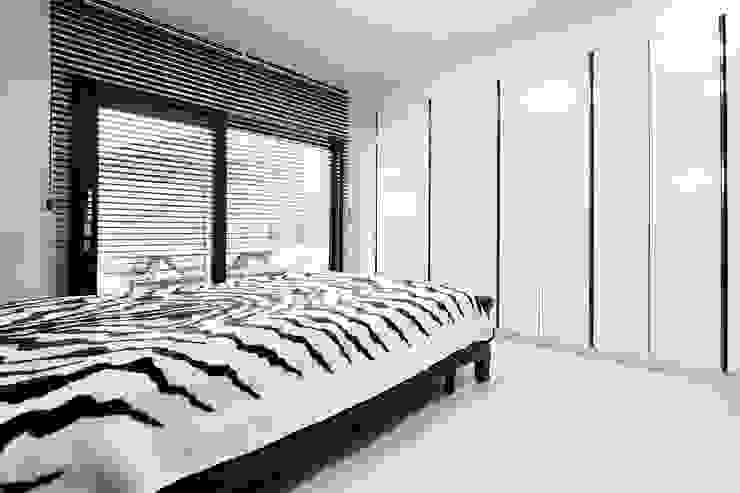 나만의 소중한 스토리가 담겨있는 대저택 (상주 송지리 주택) 모던스타일 침실 by 윤성하우징 모던