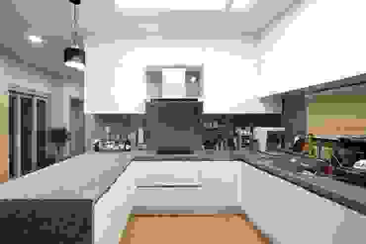 Dapur Modern Oleh 윤성하우징 Modern