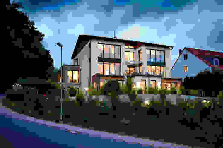 Casas modernas por Klaus Geyer Elektrotechnik Moderno