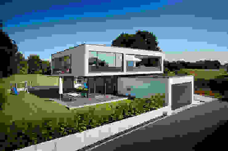 Maisons modernes par Klaus Geyer Elektrotechnik Moderne